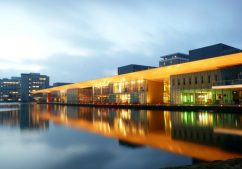 HOLLAND-HighTechCampusEindhoven1